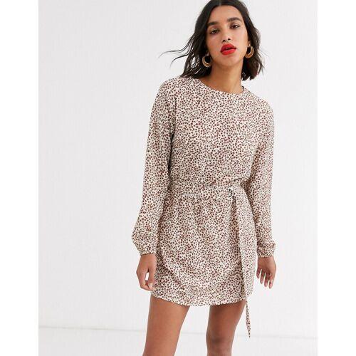 AX Paris – Kleid mit D-Ring-Gürtel und kleinem Leoprint-Mehrfarbig 38