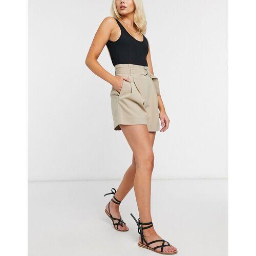 Y.A.S – Elegante Shorts mit Gürtel in Beige L