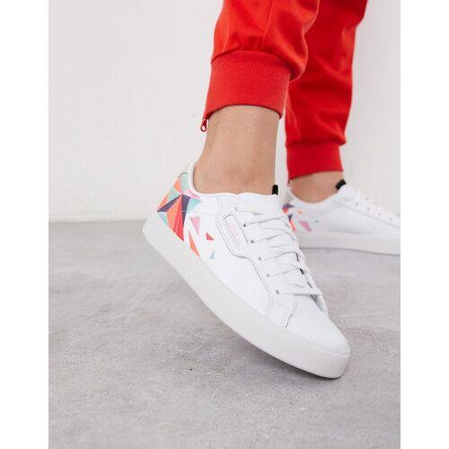 adidas Originals – Sleek– Bestickte Sneaker in Weiß 40 2/3