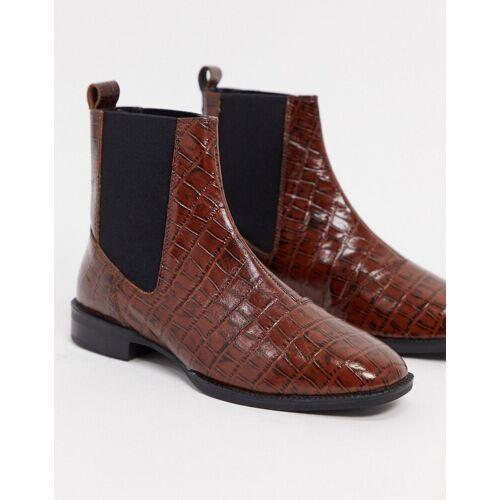 ASOS DESIGN – Alyssa – Chelsea-Stiefel aus Leder in Kroko-Braun 41