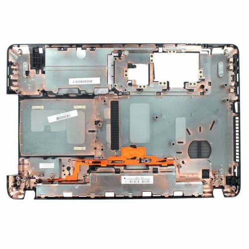 21 Packard Bell Laptop Bottomcover