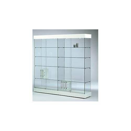 Große Glas-Standvitrine GRANAT, 1850 mm breit, 8 Böden, mit Trennwand, beleuchtet