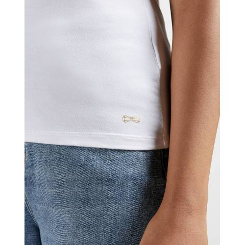Ted Baker Tailliertes T-shirt