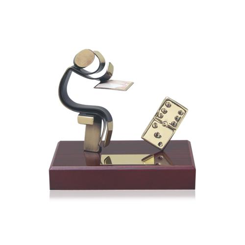 Helm Trophy ABVERKAUF Dominofigur 14,0cm