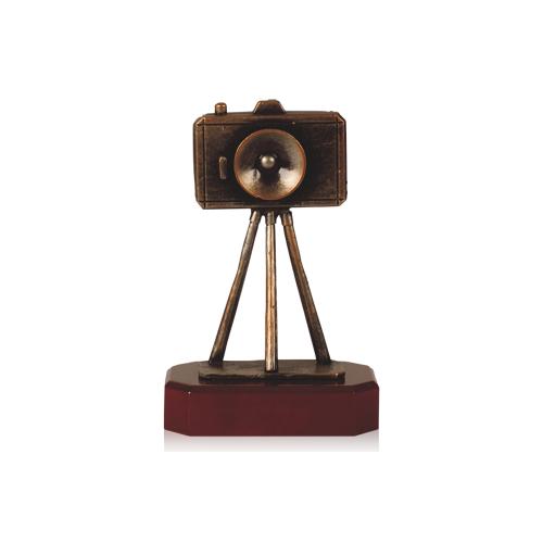 Helm Trophy Zamakfigur Kamera 21,5cm