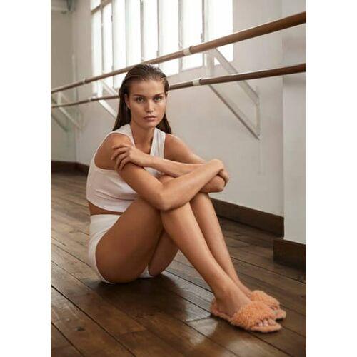 MANGO Flache kunstfell-sandale