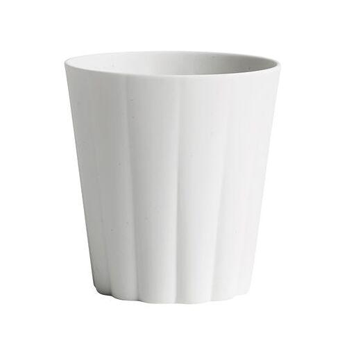 Hay Iris Tasse / runder Becher - handgemacht - Hay - Weiß