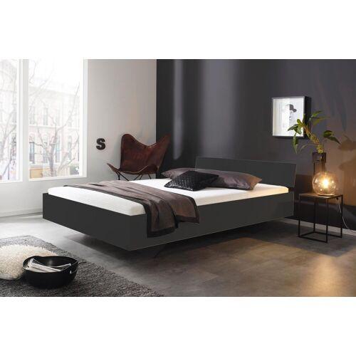 Lifestyle4Living Bett in grau-metallic, Liegefläche 140 x 200 cm