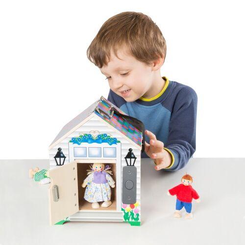 Holzhaus mit Klingel