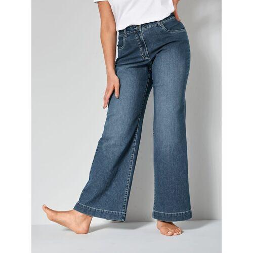 Dollywood Flare Cut Jeans Nora Dollywood Blau  22,23,24,25,26,27,28,42,44,46,48,50,52,54,56,58,60,100,104,108,112