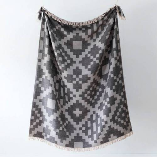Decke Huvila aus Merinowolle - Grau