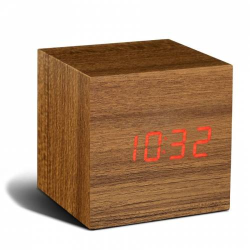 Gingko Cube Click Clock Teak Wecker - Holzoptik - teak / LED rot - 6,8x6,8x6,8 cm