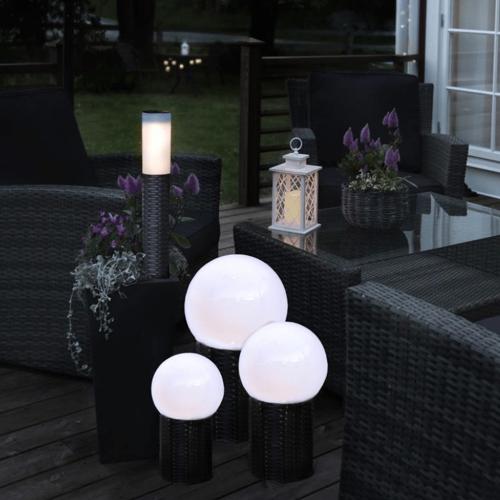 LED Gartenkugel - Solar - Rattanoptik-Sockel - warmweiße LED - H: 36cm, D: 20cm