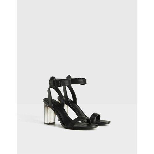 Bershka Sandale mit Methacrylat-Absatz