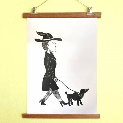 all the things we like Poster Dame Mit Hund Mit Aufhängung
