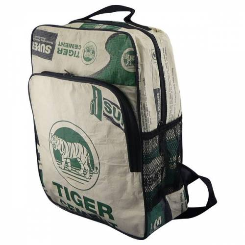 Upcycling Deluxe Eckiger Rucksack Aus Zementsack tiger beige/grün