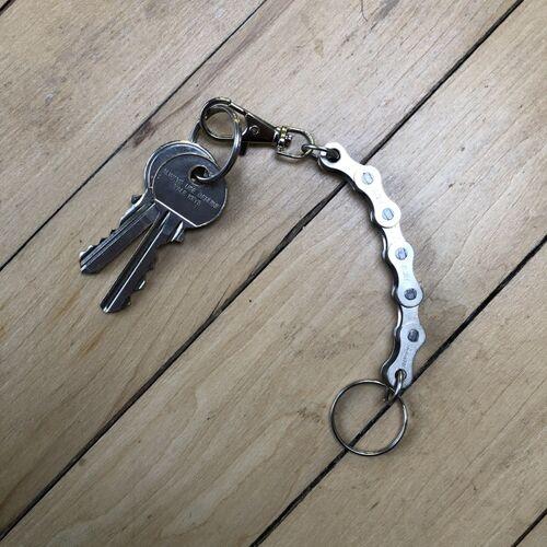 Paguro Upcycle Schlüsselanhänger Aus Recycelten Fahrradkettengliedern silber