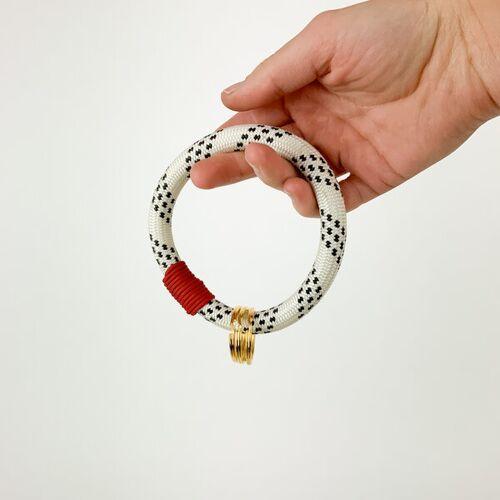 TheVIVgoods Recycled Handlicher Schlüsselanhänger Aus Kletterseilen Mir Drei Schlüsselringen rot