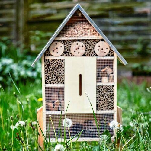Bambuswald Insektenhaus Mit Metalldach & Füßen   Bienenhotel Insektenhotel Schmetterlingshaus