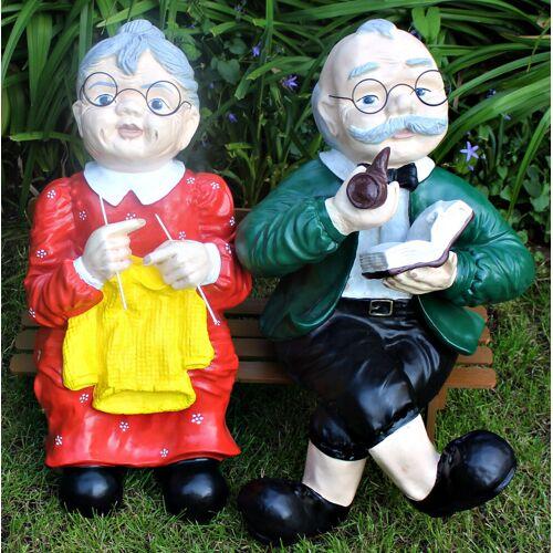 JS GartenDeko Dekorationsfiguren Oma und Opa sitzend auf Bank H ca. 60 cm Gartenfiguren Dekofiguren aus Kunstharz