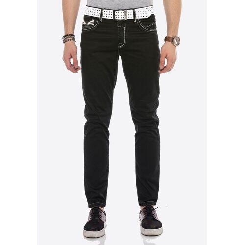 Cipo & Baxx Bequeme Jeans mit cooler Stickerei
