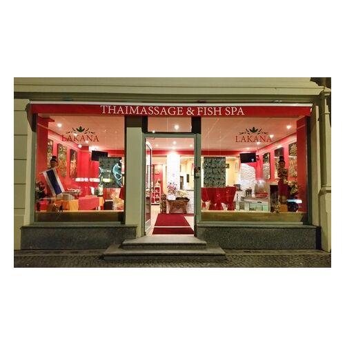 Lakana Thaimassage & Fish-Spa 60. Min Fisch-Spa und Thai-Fuß-Massage für 1 od. 2 Personen bei Lakana Thaimassage & Fish-Spa (13% sparen*)