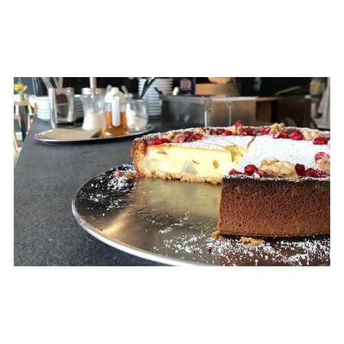 Silberknie Frühstück mit Müsli, Leckerei und Kaffee oder Tee für 1 bis 4 Personen im Café Shop Silberknie (bis 45% sparen*)