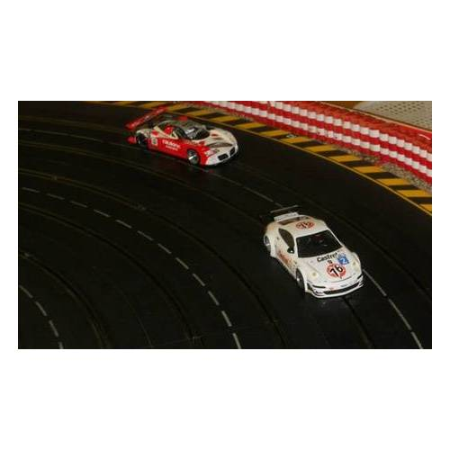 Slotracing & Tabletop Center Lintfort Carrera Erlebniswelt Slotcar Racing für Zwei oder Vier in der Carrera-Erlebniswelt des Slotracing & Tabletopcenter Lintfort  (bis zu 58% sparen*)