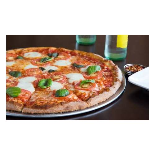 Pizza Lord Neuss Jumbo-Pizza Ø 38 cm mit Salat und Pizza-Brötchen bei Pizza Lord in Neuss (bis zu 35% sparen*)
