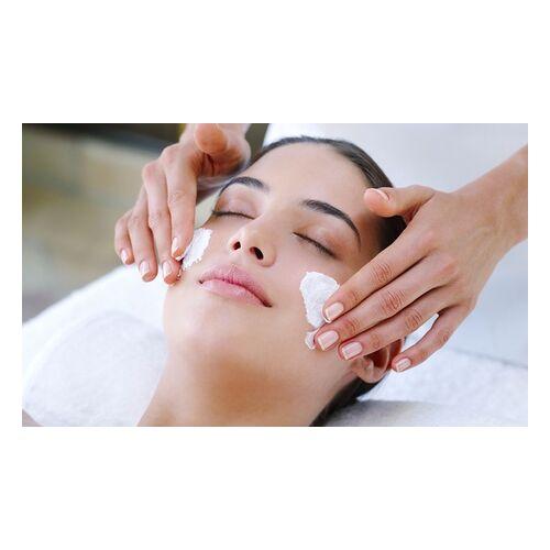 Nagelstudio Trendcode Nails Pflegende Gesichtsbehandlung, optional mit Skin Scrubber, von Nagelstudio Trendcode Nails