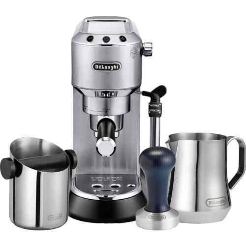 DeLonghi EC685.M Dedica Silber + Tamper + Abschlagbehälter + Milchkännchen