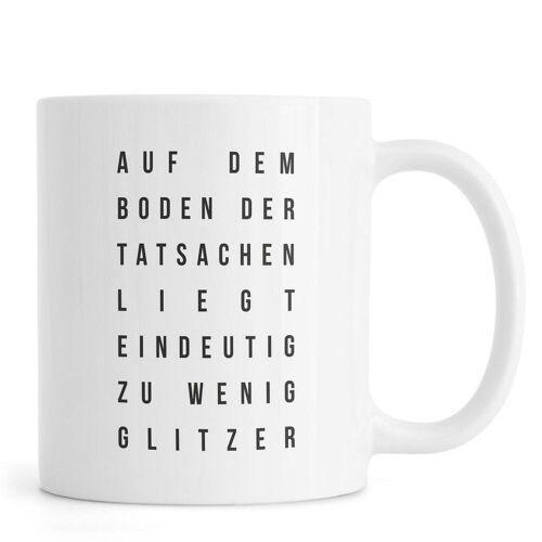"JUNIQE Tassen Zitate & Slogans ""Sabrina's Glitzer"" von JUNIQE"