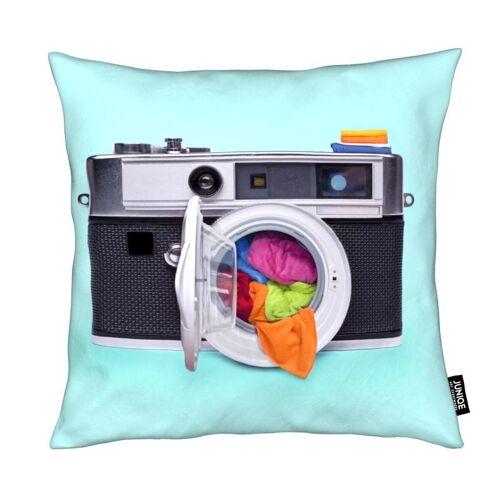 """JUNIQE Deko Kissen Pop Art """"Washing Camera"""" von JUNIQE"""