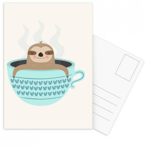 "JUNIQE Postkarten Faultiere ""Sloth in A Cup"" von JUNIQE - Karten Kunst"