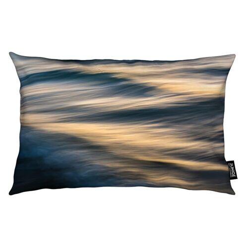 "JUNIQE Deko Kissen Ozeane, Meere & Seen ""The Uniqueness Of Waves Xxiv"" von JUNIQE"