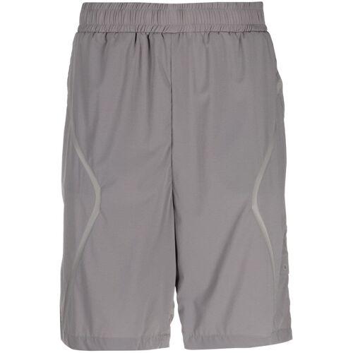 A-COLD-WALL* Knielange Shorts mit Tape-Detail - Grau Male regular
