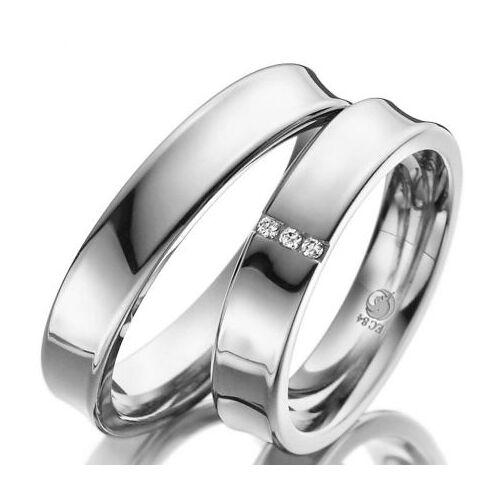 Konkave Ringe aus Silber mit drei Brillanten