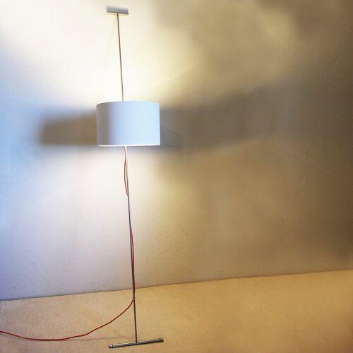 Lumini Lift, schwarz, rotes Stromkabel
