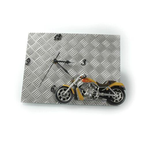 Booster Wand Uhr Riffelblech (30,5 x 5 x 23,5 cm)