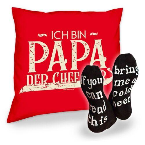 Soreso® Dekokissen »Kissen Ich bin Papa der Chef hier und Socken mit Bier Spruch«, Geschenk Geburtstagsgeschenk, rot
