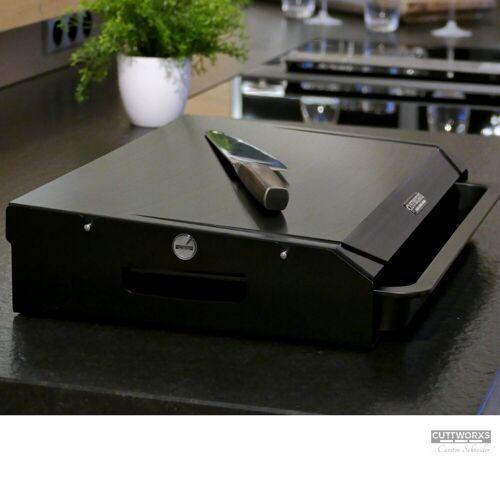 CUTTWORXS Schneidbrett »Black 'n Wood Pure Black - 20mm HD-PE500 Platte - 44x30mm - Profi Arbeitsstation«, Kunststoff