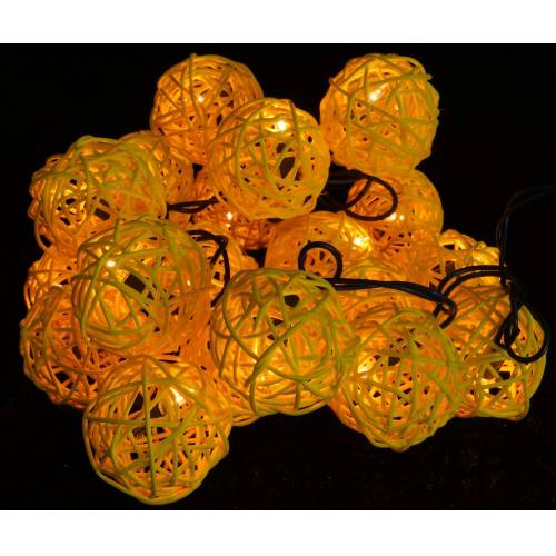 Guru-Shop LED-Lichterkette »Rattan Ball Kugel Lampion Lichterkette - gelb«, gelb