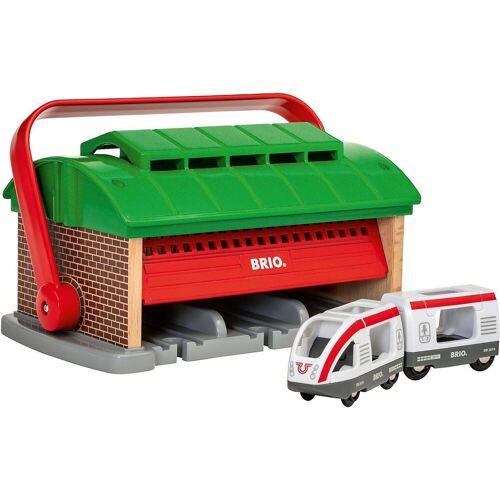 Brio Spielzeug-Eisenbahn »Mitnehm-Lokschuppen mit Reisezug«