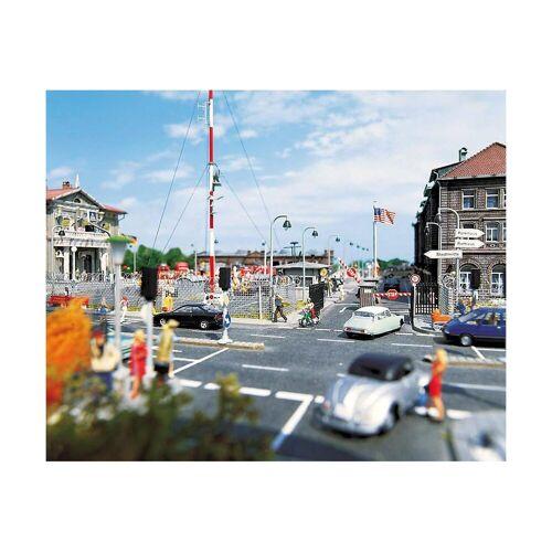 Busch Modelleisenbahn-Set »Modelleisenbahn Asphaltstraße - Spur H0«