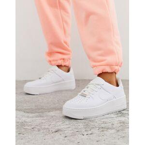 Nike Hvide Air Force 1 Sage Low sneakers fra Nike Hvid