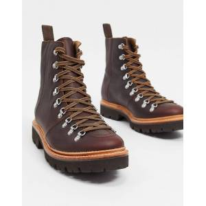Grenson - Brady - Vandrestøvler i brun oliefarve Brun