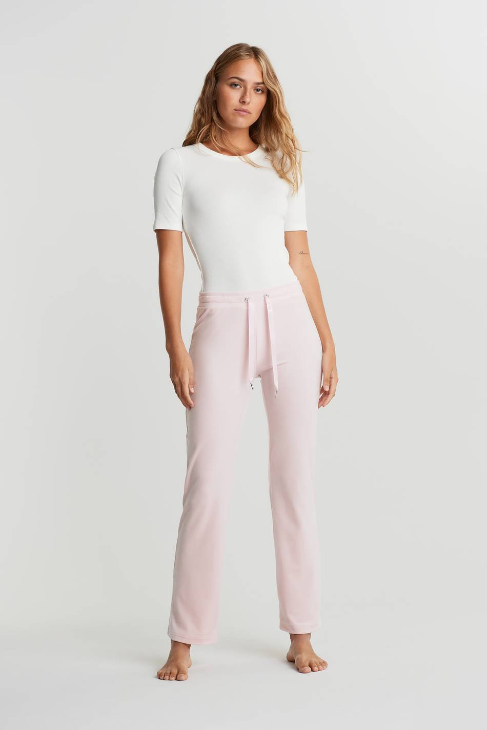 Gina Tricot Cecilia velour trousers XL Female Light pink