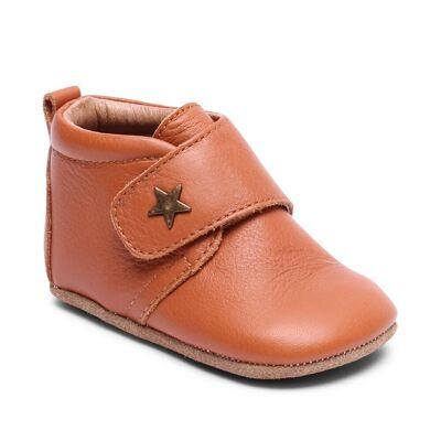 Bisgaard Hjemmesko, Velcro Star - 66 Cognac - Baby Spisetid - Bisgaard