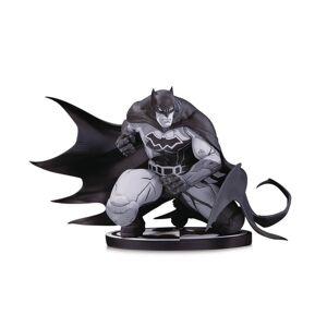 DCShoe Collectibles DC Comics Batman Statue by Joe Madureira - Black & White Variant