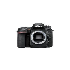 Nikon D7500 + AF-S DX NIKKOR 18-140 VR, 20,9 MP, 5568 x 3712 pixel, CMOS, 4K Ultra HD, Touchskærm, Sort
